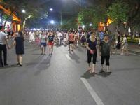 4 ngày thí điểm phố đi bộ, Hà Nội thu hơn 500 tỷ đồng