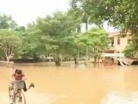 Nước lũ tại Quảng Bình đang rút chậm