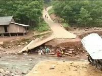 Quảng Bình khôi phục giao thông sau mưa lũ