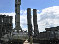 Nga triển khai hệ thống tên lửa phòng không S-300 tại Syria