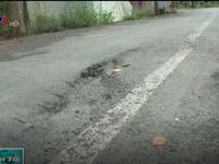 Đồng Tháp: Sạt lở đường nông thôn sau lũ và mưa liên tục