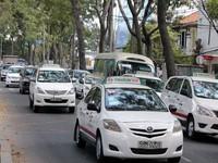 """TP.HCM: Xử phạt các hãng taxi """"chây ì"""" không giảm cước"""