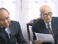 Thủ tướng Nguyễn Xuân Phúc thăm các nhà khoa học hàng đầu