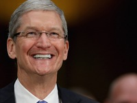CEO Tim Cook bán 30.000 cổ phiếu Apple