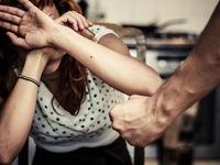 Những hệ lụy của nạn bạo hành phụ nữ