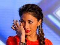 The X-Factor: Giám khảo bật khóc trước nỗi đau của thí sinh mất con