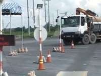 TP.HCM: Xóa tình trạng cò mồi 'dắt' xe quá tải vượt trạm cân