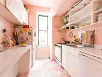 'Thổi bùng' đam mê nấu nướng với sắc hồng trong căn bếp