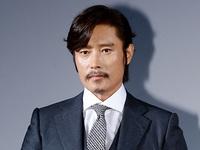 Lee Byung Hun được đạo diễn Hollywood 'nài nỉ' mời đóng phim