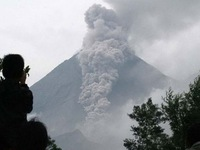 Indonesia: Núi lửa Agung ở Bali tiếp tục hoạt động mạnh hơn