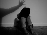 Đau lòng khi trẻ bị chính người thân xâm hại