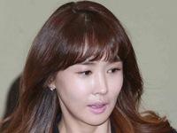 'Nữ hoàng dao kéo' Lee Da Hae gây sốc bởi mặt già nua, cứng đờ