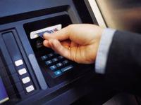 Ngân hàng tăng lượng tiền cho các máy ATM