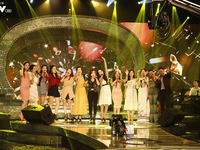 Top 12 thí sinh Chung kết Sao Mai 2017 quẩy tưng bừng tại Bữa trưa vui vẻ