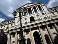 BoE cảnh báo tín dụng tiêu dùng tăng trưởng nóng đe dọa kinh tế Anh