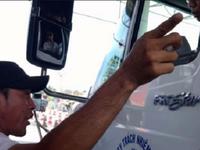 Truy tìm đối tượng đe dọa lái xe tại BOT Cai Lậy, Tiền Giang