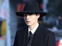Lee Dong Wook chia sẻ về chiếc mũ 'thần thánh' trong Goblin