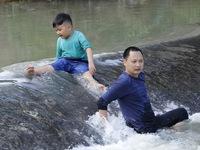 Bố ơi! Mình đi đâu thế?: Sự dũng cảm, nhanh trí của Xì Trum khiến bố Hải Phong 'nở mũi'