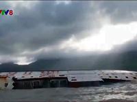 Bình Định: Triển khai ứng phó tràn dầu từ các tàu hàng bị chìm