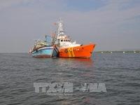Cứu 10 ngư dân Bình Thuận gặp nạn trên vùng biển Bà Rịa-Vũng Tàu
