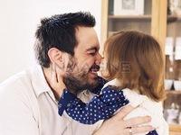9 lý do bố là bạn thân nhất của con