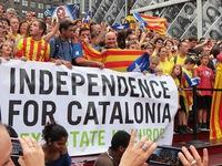 Tây Ban Nha siết chặt kiểm soát ngân sách vùng Catalonia