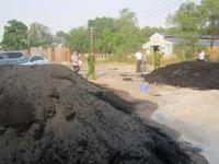 Phát hiện doanh nghiệp đổ chất thải nguy hại trực tiếp ra môi trường