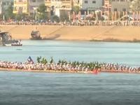 Tưng bừng Lễ hội đua thuyền ở Campuchia