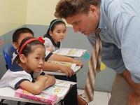 Khánh Hòa: Đưa giáo viên nước ngoài vào dạy tiếng Anh tại các trường tiểu học