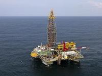 Giá dầu bật tăng sau cuộc gặp thượng đỉnh Nga - Saudi Arabia