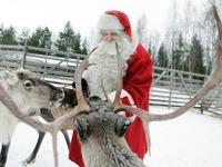 Không khí Giáng sinh rộn ràng khắp thế giới