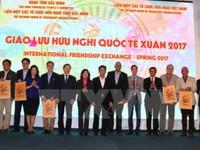 Các nhà ngoại giao trải nghiệm văn hóa Việt Nam tại Bắc Ninh