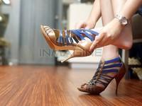 Mẹo chọn giày cao gót mà không sợ đau chân