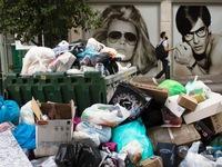 Hy Lạp: Nhân viên vệ sinh tiếp tục biểu tình, Thủ đô Athens ngập rác