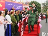 Thanh niên Đà Nẵng, Quảng Ngãi, Quảng Nam nô nức lên đường nhập ngũ