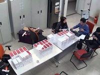Phát hiện 155 điện thoại iPhone lậu tại Nội Bài