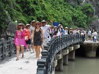 Ngành du lịch Việt Nam đặt mục tiêu đón 18 triệu khách quốc tế năm 2019
