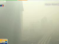 Khói mù 'nhấn chìm' Bắc Kinh (Trung Quốc)