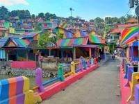 Khu ổ chuột biến thành 'làng cầu vồng' tuyệt đẹp ở Indonesia