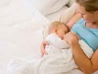 Nuôi con bằng sữa mẹ giúp cải thiện hành vi của trẻ