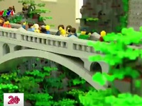 Xếp thác nước cao 5m hoàn toàn từ Lego