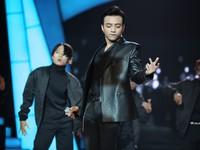 Soobin Hoàng Sơn khoe vũ đạo điêu luyện trong chung kết Bước nhảy ngàn cân