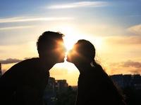 Vì sao bạn không nên vội vã 'đâm đầu' vào một mối quan hệ mới?
