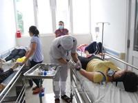 Bến Tre: 38 công nhân nhập viện nghi do ngộ độc thực phẩm