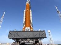 Mỹ hoãn bay thử nghiệm tàu vũ trụ chở người lên sao Hỏa