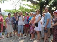 Vì sao thiếu trầm trọng hướng dẫn viên du lịch quốc tế tại Nha Trang?