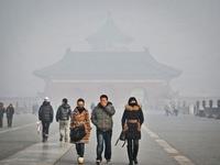 Bắc Kinh tiếp tục ban bố cảnh báo 'cam' do ô nhiễm không khí