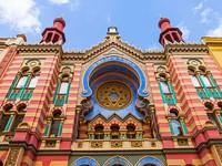 Những nhà thờ đẹp lung linh như cung điện