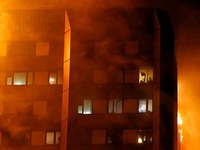 Thủ tướng Anh gặp mặt nạn nhân vụ cháy chung cư