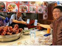 Chợ truyền thống Thái Lan chuyển sang thanh toán điện tử